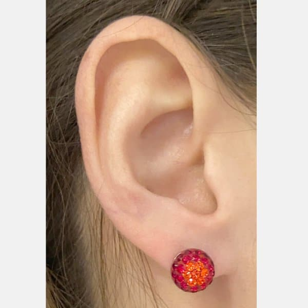 10mm Sm St Stud Earrings red mix model